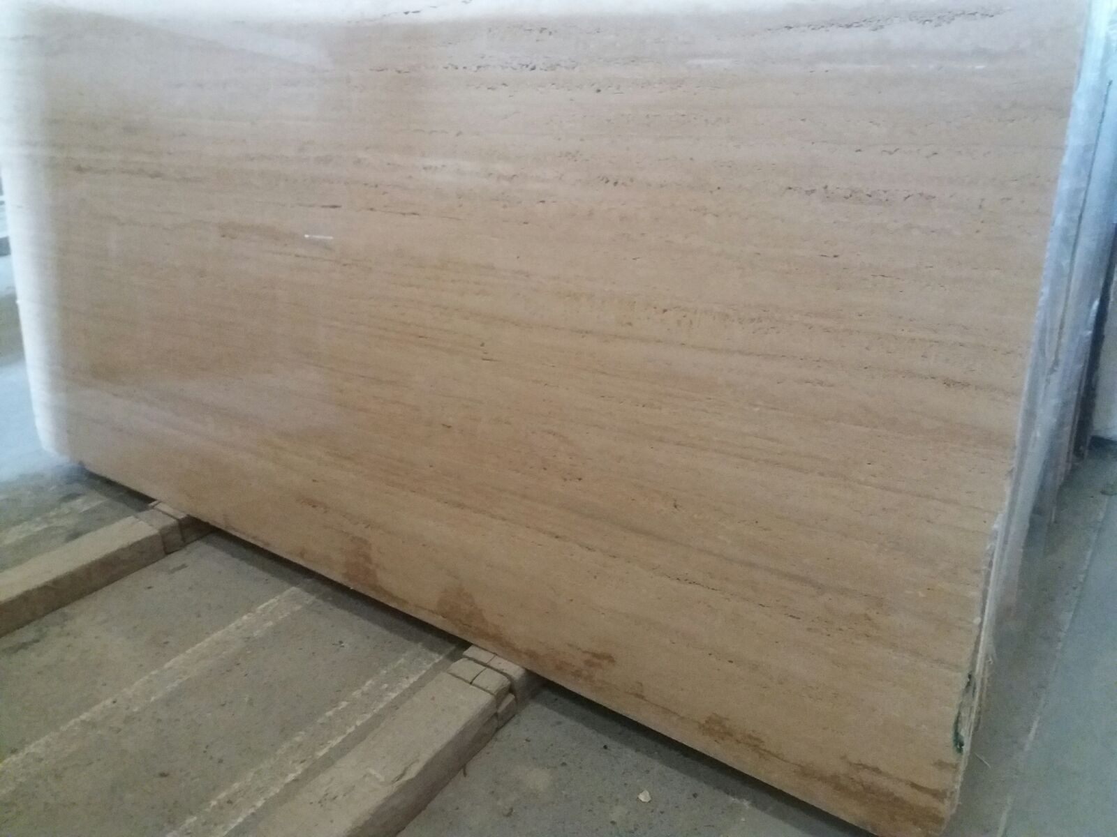 Travertine Stone Slabs : Travertine classic slabs and tiles veins cut or cross